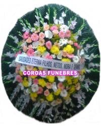 05-COROA DE FLORES GERBERAS, ROSAS E FLORES DO CAMPO