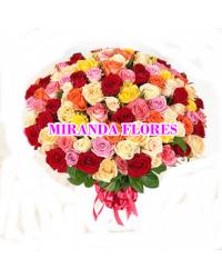 04- BUQUÊ 120 ROSAS COLORIDAS