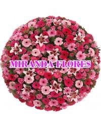 33- COROA DE FLORES VIP COR ROSA