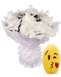 10- BOUQUET 12 ROSAS BRANCAS ALMOFADA EMOTICONS DO WHATSAPP